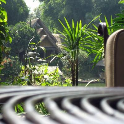 Tempat santai di Kampung Sampireun Resort dan Spa, Garut