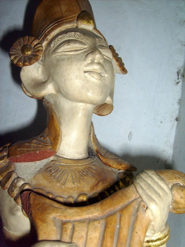 Patung Tradisional adat