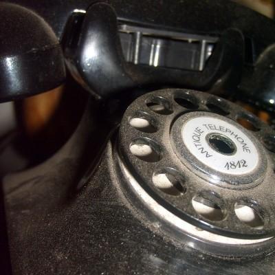Miniatur Telepon Antik Jadul - Nomernya diputer