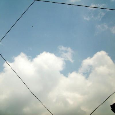Langit cerah berawan