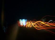 Perjalanan malam 1 foto 1 - cahaya abstrak