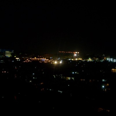 Pemandangan malam 1 foto 1 - pemandangan lampu rumah