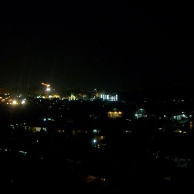 Pemandangan malam 1 foto 4 - pemandangan lampu rumah