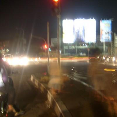 Perjalanan malam 1 foto 2 - lampu merah Pasteur