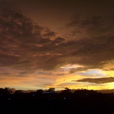 Pemandangan langit senja Pemkot Cimahi 4