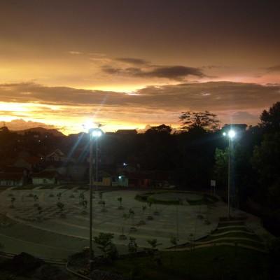 Pemandangan langit senja Pemkot Cimahi 6